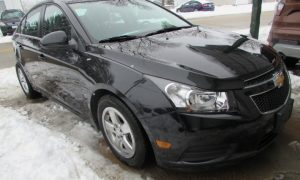 2014 Chevy Cruze LT Front Right