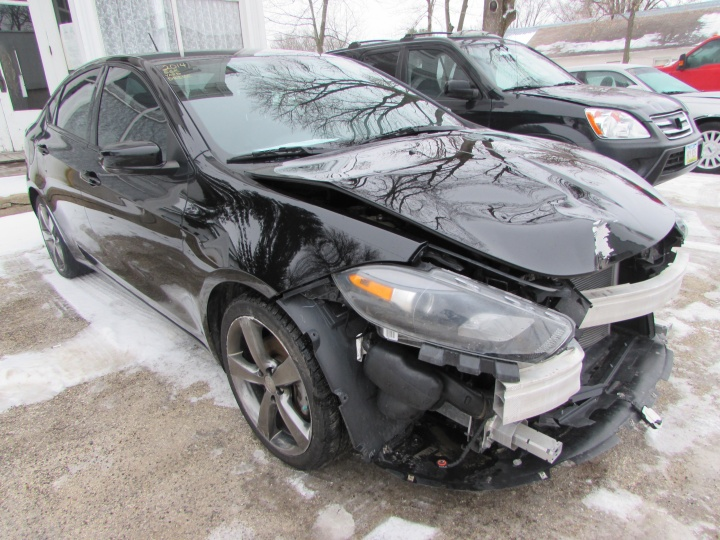 2014 Dodge Dart GT Front Right