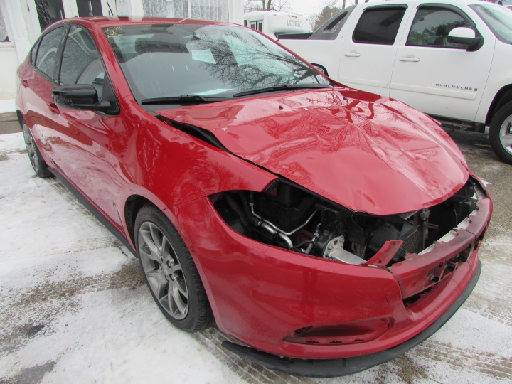 2014 Dodge Dart SXT Front Right