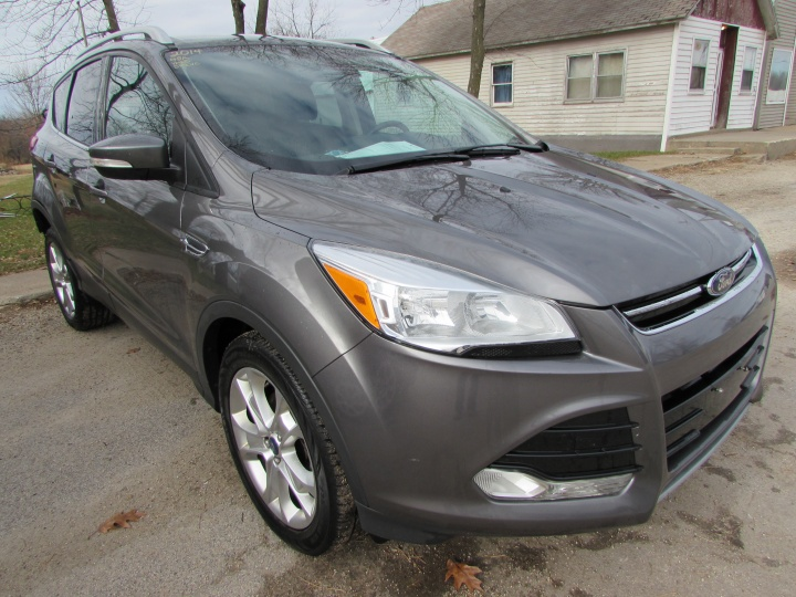 2014 Ford Escape Titanium Front Right