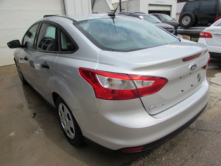 2014 Ford Focus S Rear Left
