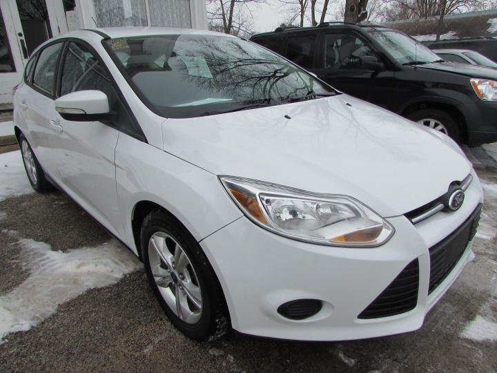 2013 Ford Focus SE Front Right