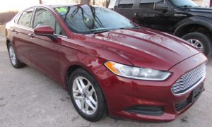 2014 Ford Fusion S Front RIght