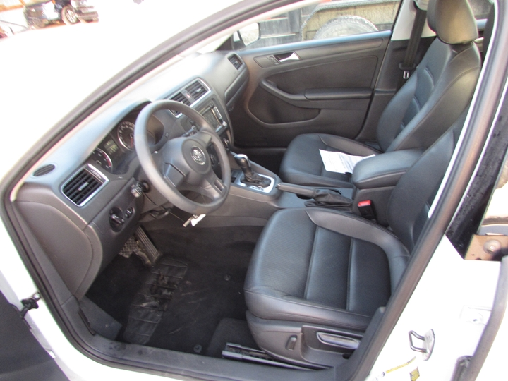 2014 VW Jetta SE Interior Also
