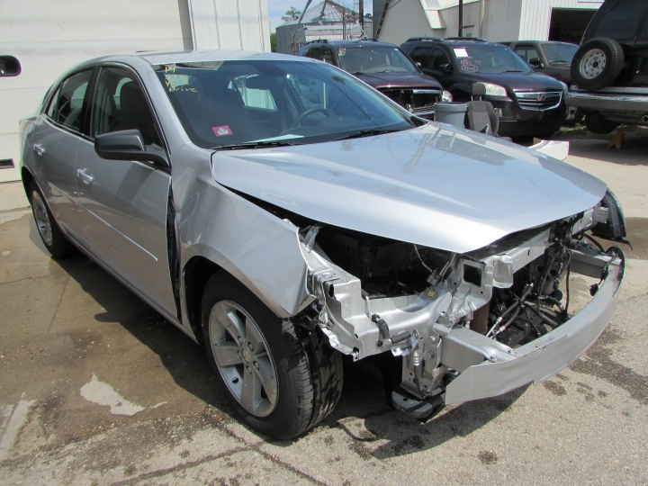 2014 Chevy Malibu LS Front Right
