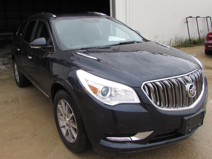 2015 Buick Enclave Front Right