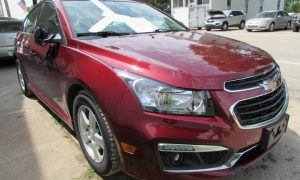 2015 Chevy Cruze LT Front Right