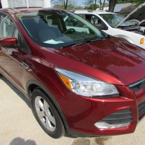 2015 Ford Escape SE Front Right