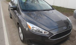2015 Ford Focus SE Front Right