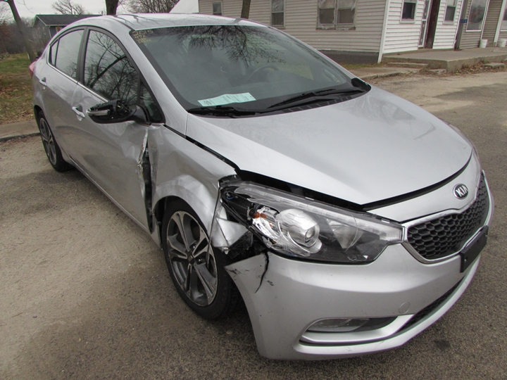 2015 Kia Forte EX GDI Front Right