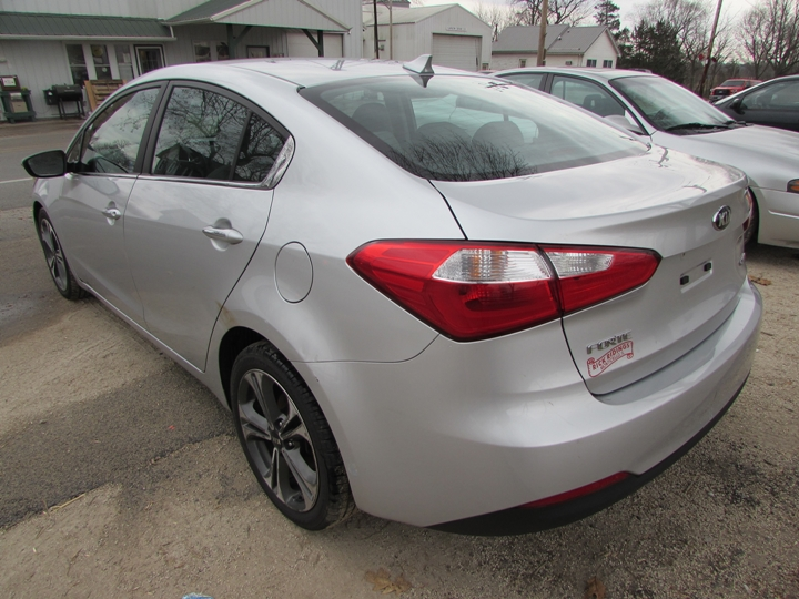 2015 Kia Forte EX GDI Rear Left