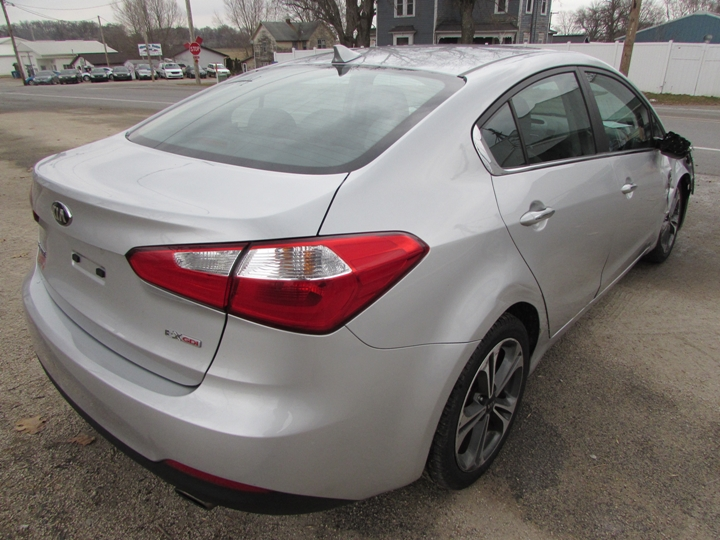 2015 Kia Forte EX GDI Rear Right