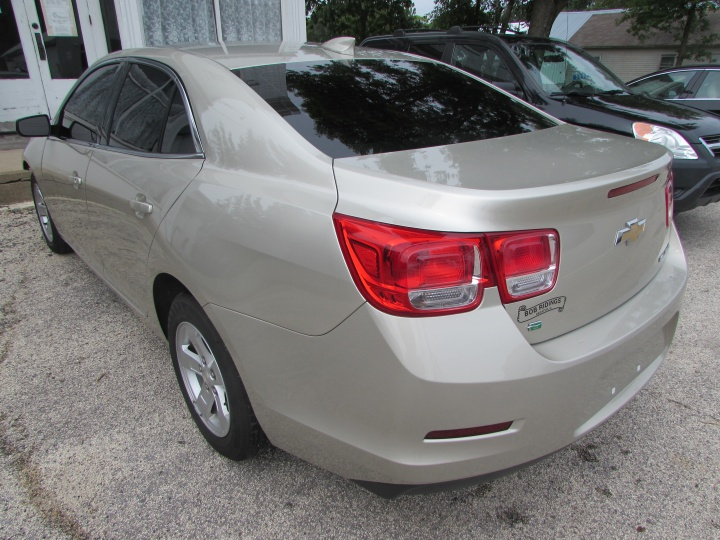 2015 Chevy Malibu 1LT Rear Left