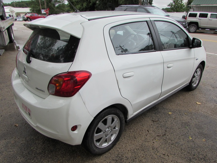 2015 Mitsubishi Mirage ES Rear Right