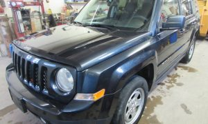 2015 Jeep Patriot Sport Front Left