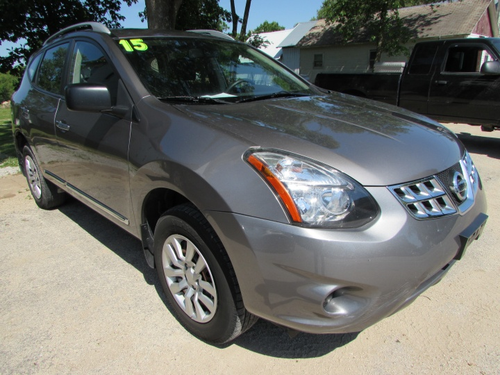 2015 Nissan Rogue Select Front Right