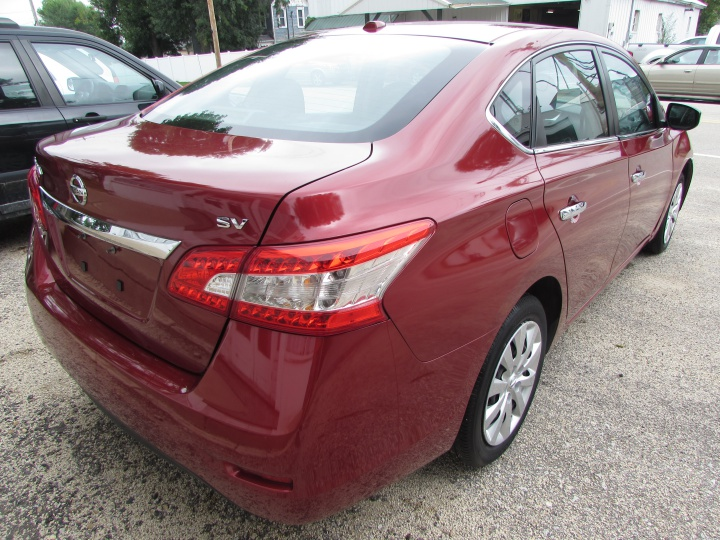 2015 Nissan Sentra SV Rear Right