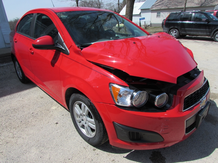 2015 Chevy Sonic LT Front Right