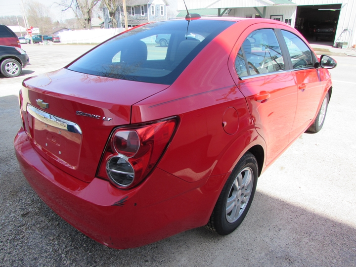 2015 Chevy Sonic LT Rear Right