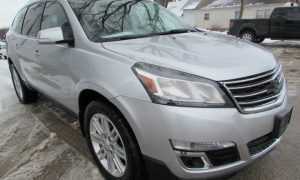 2015 Chevy Traverse LT Front Right