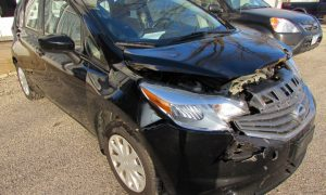 2015 Nissan Versa Note Front Right