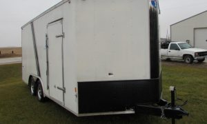 2016 Interstate Trailer Front Right