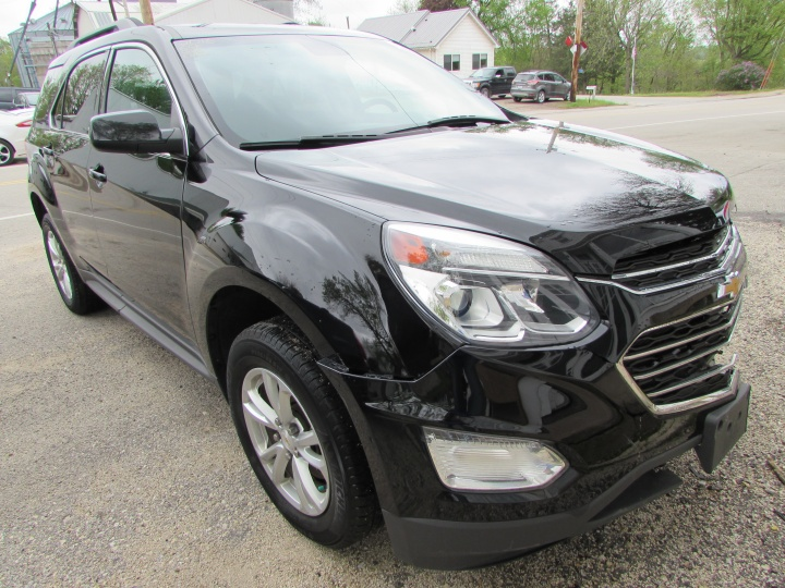 2016 Chevy Equinox LT Front Right