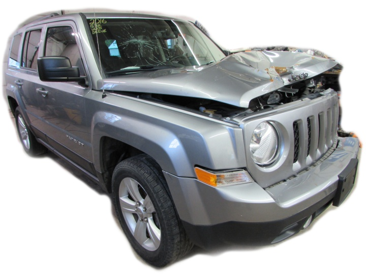 2016 Jeep Patriot Front Right