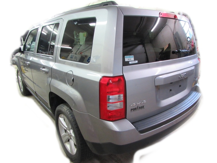 2016 Jeep Patriot Rear Left