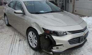 2016 Chevy Malibu LT Front Right