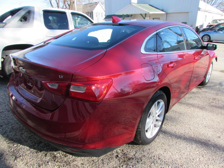 2016 Chevy Malibu LT Rear Right