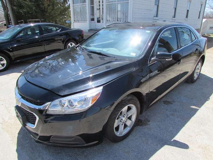 2016 Chevy Malibu Limited LT Front Left