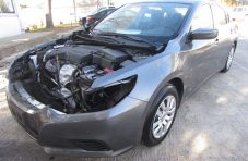 2016 Nnissan Altima Front Left