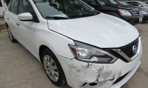 2016 Nissan Sentra Front Right