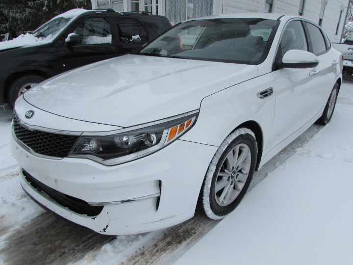2016 Kia Optima LX Front Left