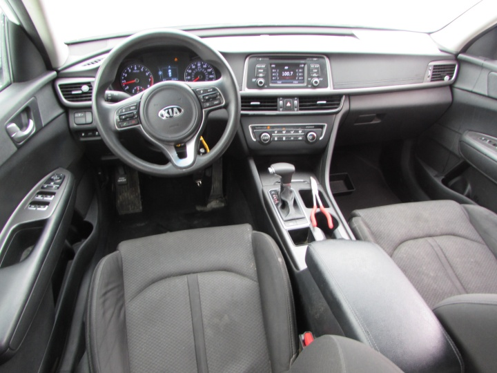2016 Kia Optima LX Interior