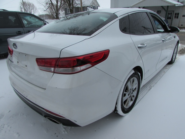 2016 Kia Optima LX Rear Right