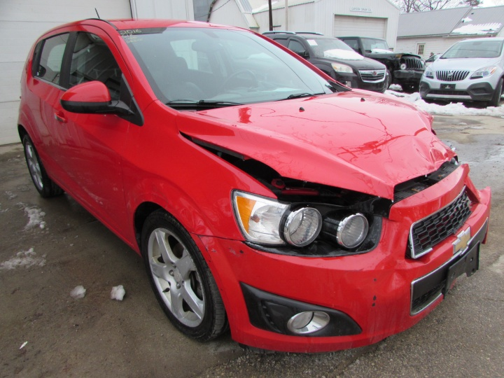 2016 Chevy Sonic LTZ Front Right