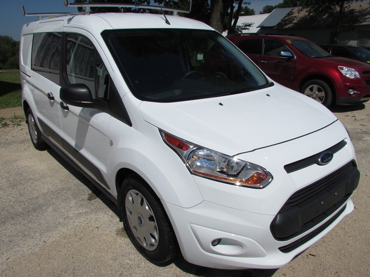 2016 Ford Transit Connect XLT Front Right