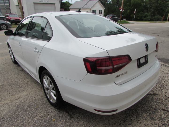 2016 VW Jetta Rear Left