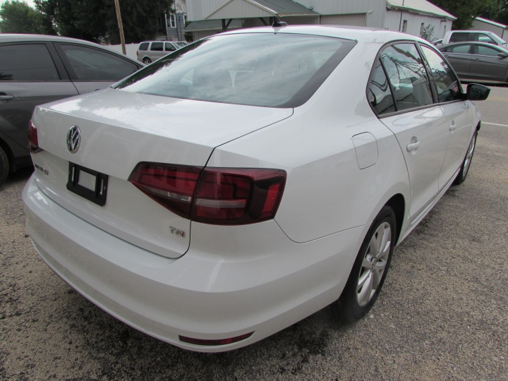 2016 VW Jetta Rear Right