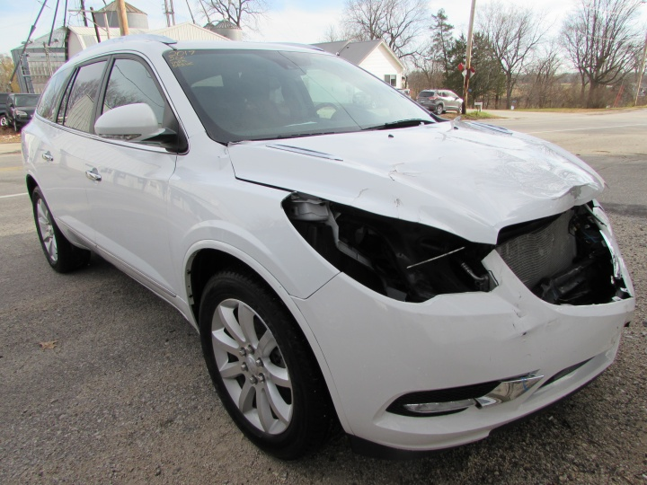 2017 Buick Enclave AWD Front Right