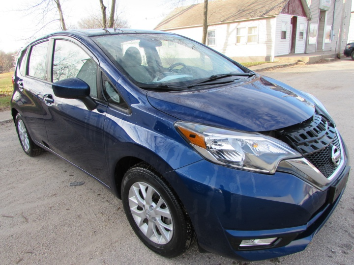 2017Nissan Versa Note SV Front Righ