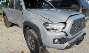 2021 Toyota Tacoma TRD Front Right