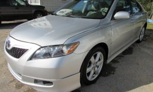 2009 Toyota Camry LE Front Left