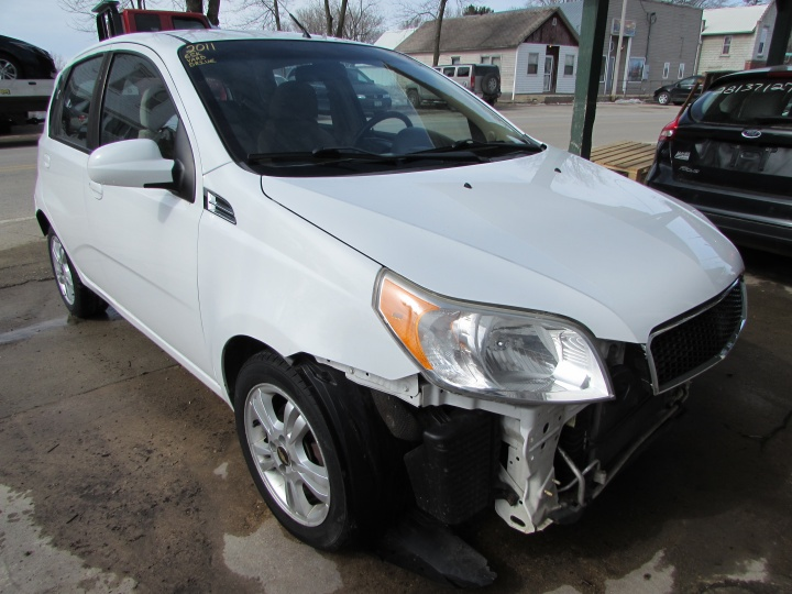 2011 Chevy Aveo LT Front Right