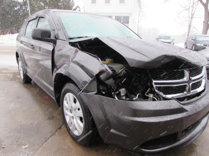 2014 Dodge Journey Front Right
