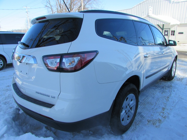 2014 Chevy Traverse LS Rear Right