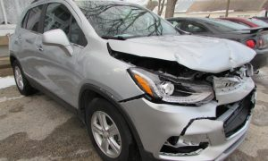 2020 Chevy Trax LT Front Right